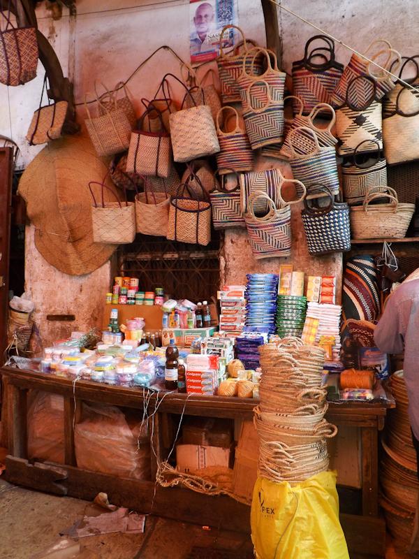 Tassen op de markt