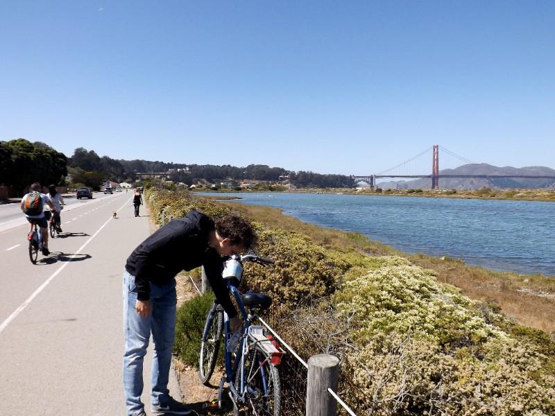Robert met de Golden Gate Bridge op de achtergrond