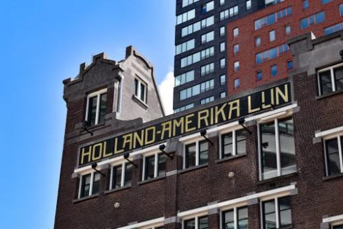 Het oude gebouw van de Holland Amerika Lijn