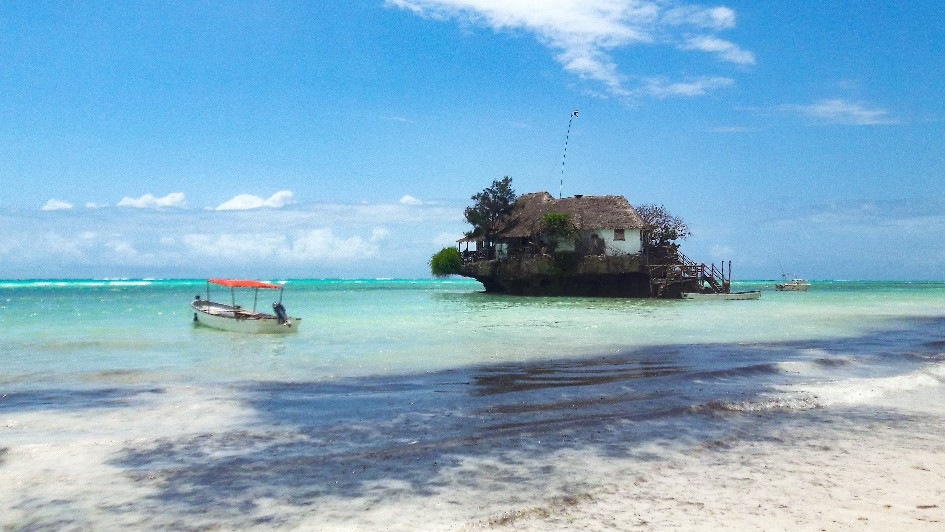 Restaurant The Rock op Zanzibar
