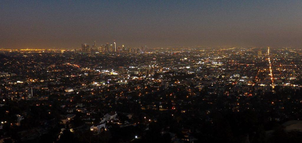 Uitzicht over Los Angeles bij nacht
